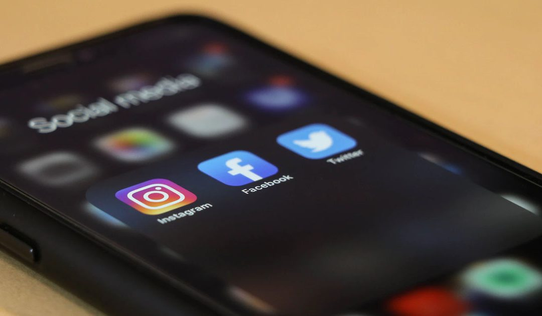 Social Media apps on a Smartphone screen